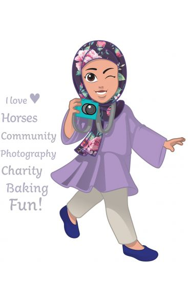 YASMINA - storyteller, loves horses, budding photographer